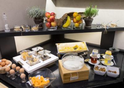 Buffet-colazione-hotel-ancora-verbania3