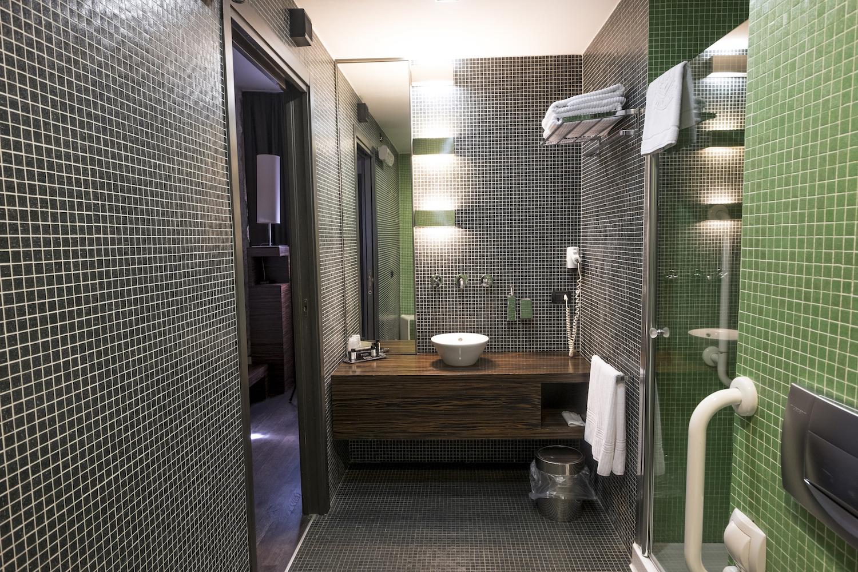 bagno-hotel-ancora-deluxe_2