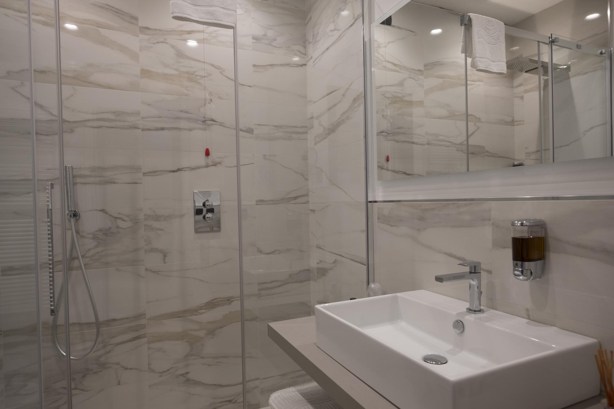 bagno-hotel-ancora-suite_4