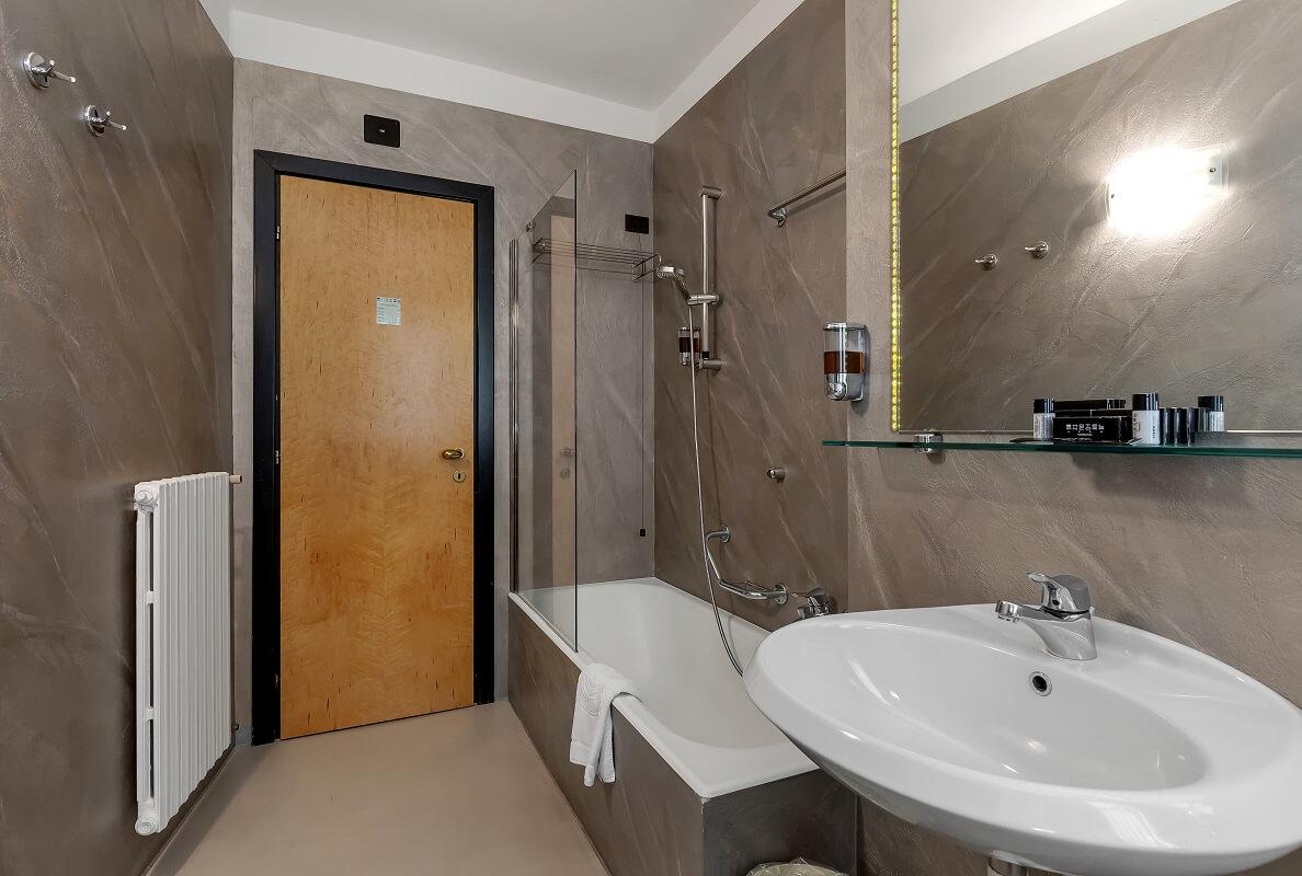 Hotel-Ancora-DeLux-2020-13